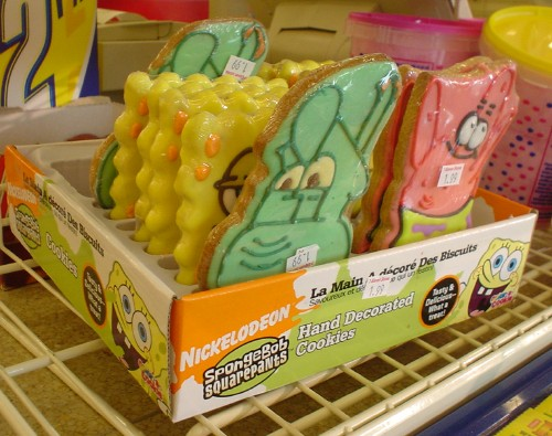 Retail display box for SpongeBob Squarepants cookies reads Hand Decorated Cookies and La Main A décoré Des Biscuits